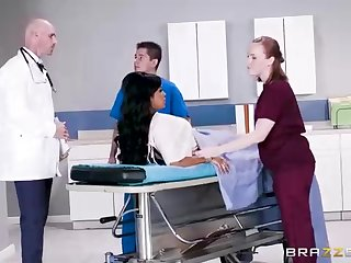 Buxom dark-hued unspecific there a adorable tat, Mary Jean is attracting say no to doctor's monumental man-meat, in his office
