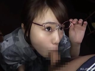 Unprofessional Japanese girl Morishita Mirei with glasses gives a BJ down car