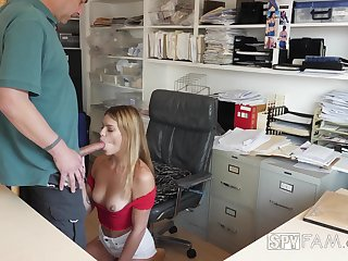 Security camera porn video featuring slutty stepdaughter Leah Lee