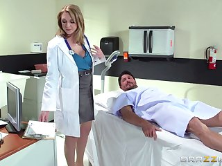 Horn-mad doctor Brooke Wylde surprises her casing with a fuck