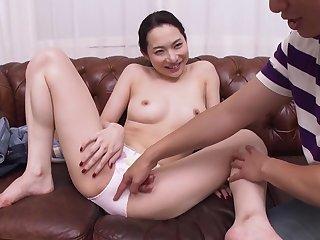 Hasumi Yoshioka - Braless Neighbor More A catch Morning