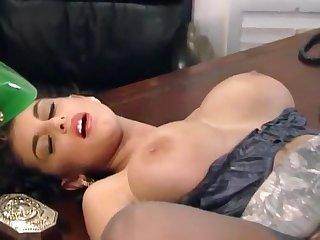 Sexy mature secretary Sarah Young serves lucky Mr Big brass