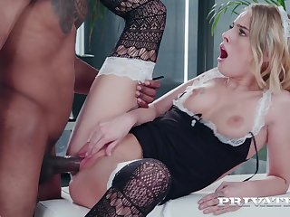 Hot mademoiselle Lya Missy serves black employer