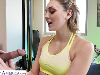 Too lap sporty chick Charlotte Sins flashes tits as she fucks helter-skelter dramatize expunge gym