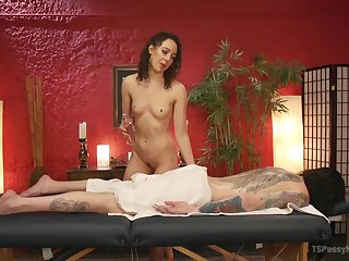 T-girl Chelsea Marie receives hot rubdown from Lilith Luxe